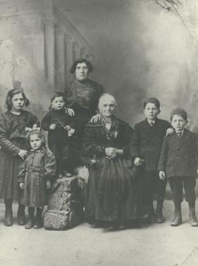Original Tunno Family